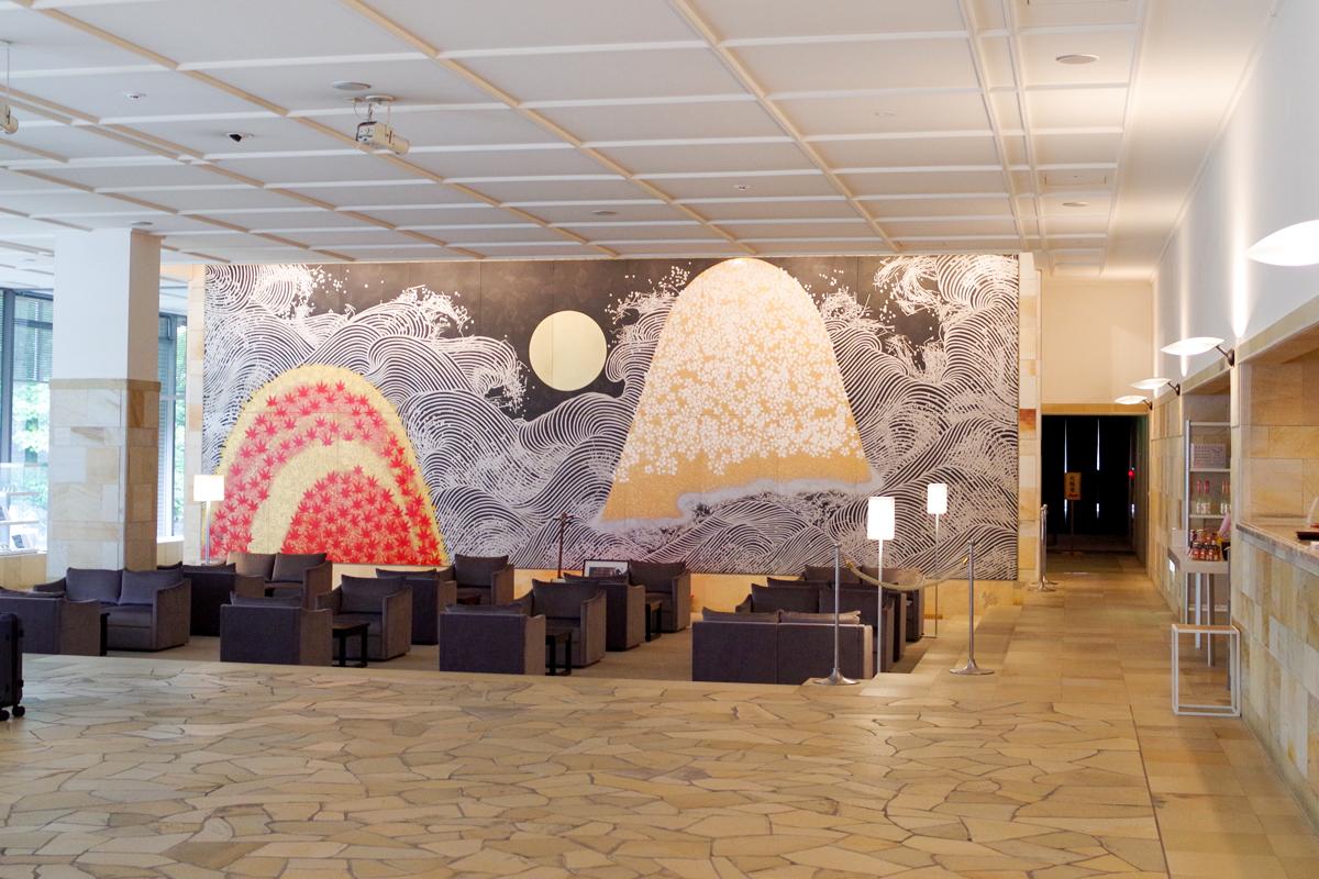 「星野リゾート 界 津軽」の大壁画